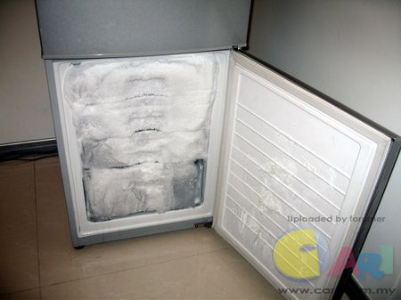 新飞冰箱排水孔疏通图解