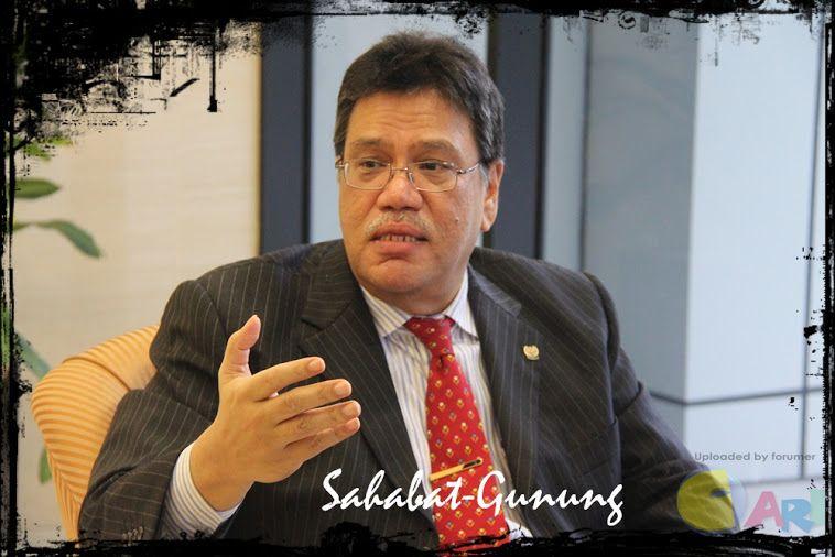 Zahrain Hashim - MP Bayan Baru.jpg