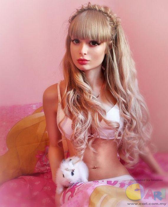 俄罗斯真人芭比娃娃