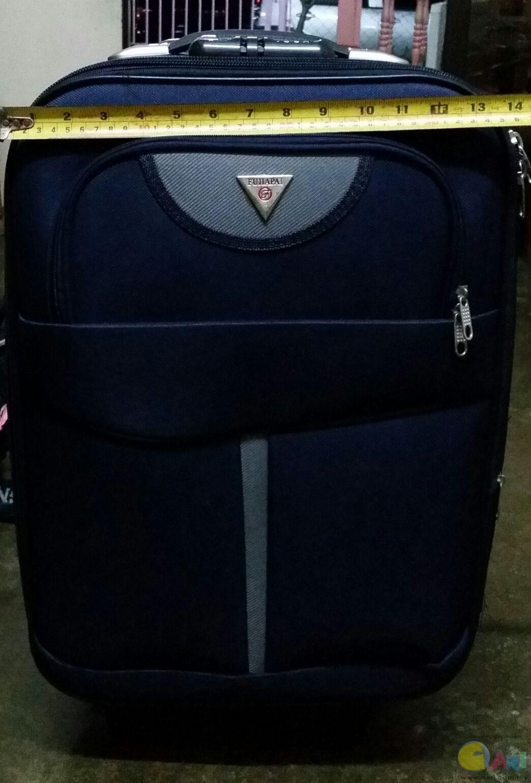 飞机行李箱尺寸-飞机上随身行李箱的大小尺寸重量