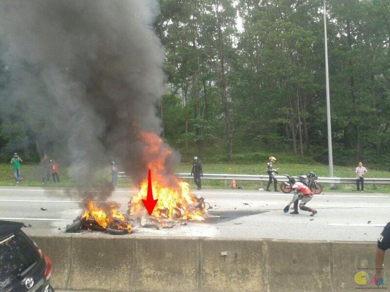 kemalangan motor besar1.jpg