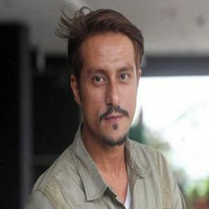 Bront Palarae Bintangi Drama Bersiri HBO 'Halfworlds'