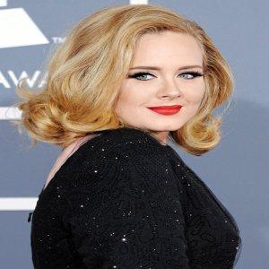 Trending Adele Dan 'Hello' Kerana 7 Sebab Ini
