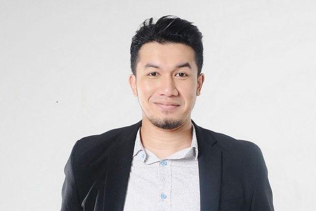 Ungku Ismail Kekok Lakonkan Adegan Romantik Dengan Kekasih Orang