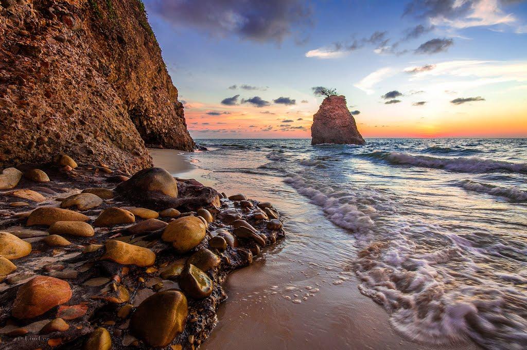 Panorama Indah Di Batu Luang Yang Seakan Pulau Caribbean