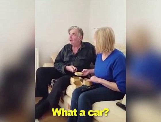 Viral Video Cucu Buat Kejutan Hadiahkan Kereta, Minit Ke 2:12 Sebak Tengok