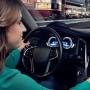 """Bosch展现智能车舱技术  司机能与""""AI助理""""轻松对话!"""