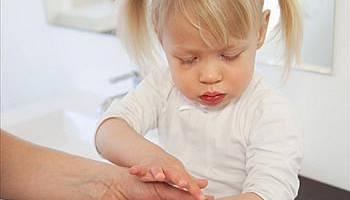 孩童5个伤口千万别用消毒药布