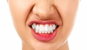 夜间磨牙症? 心理因素占最大问题