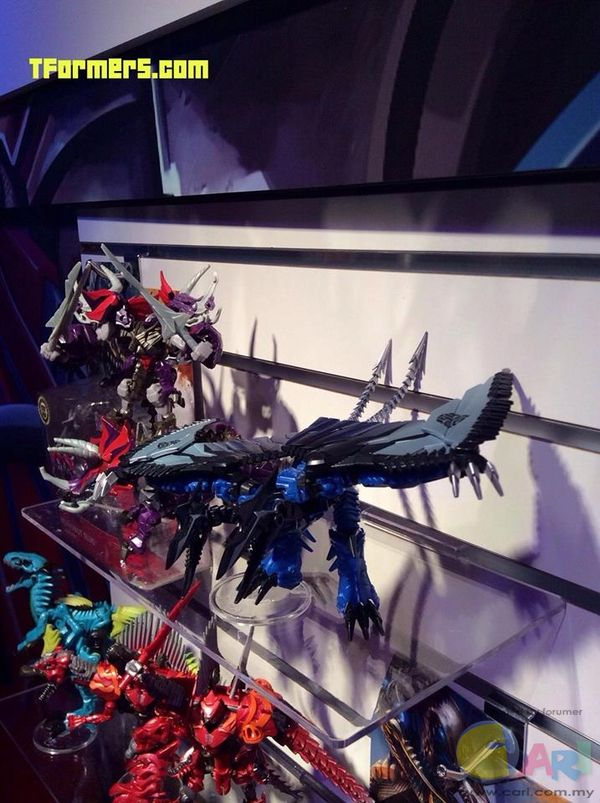 Toy Fair 2014 First Looks at Transformers Showroom Optimus Prime, Grimlock, More.jpg