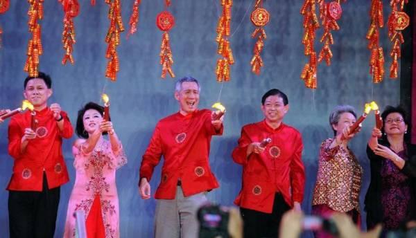 新加坡牛车水春节亮灯仪式