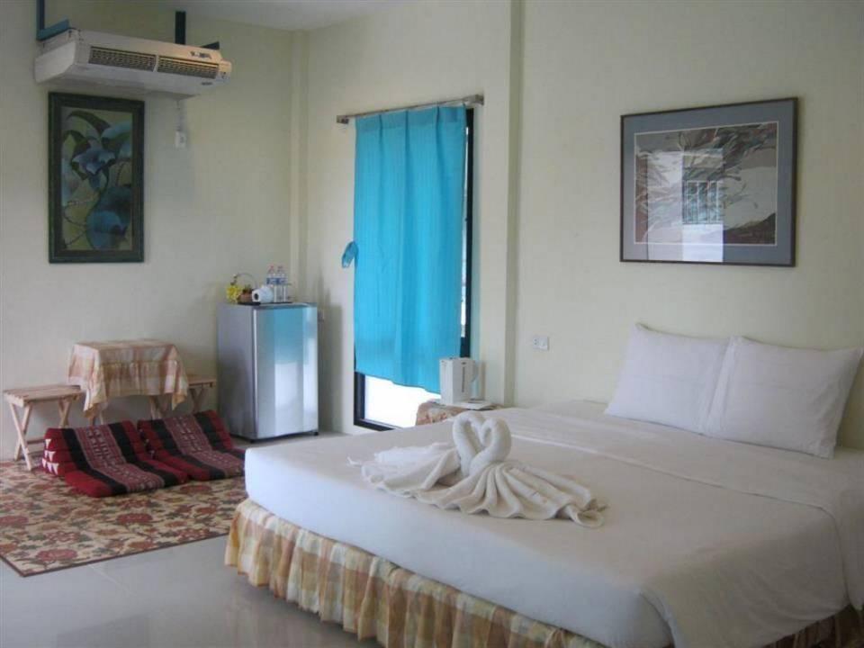 Bella-Vista-Beach-Resort-Koh-Lipe-photos-Exterior.JPEG