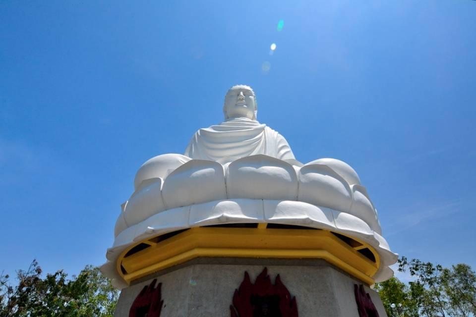Long Son Pagoda6