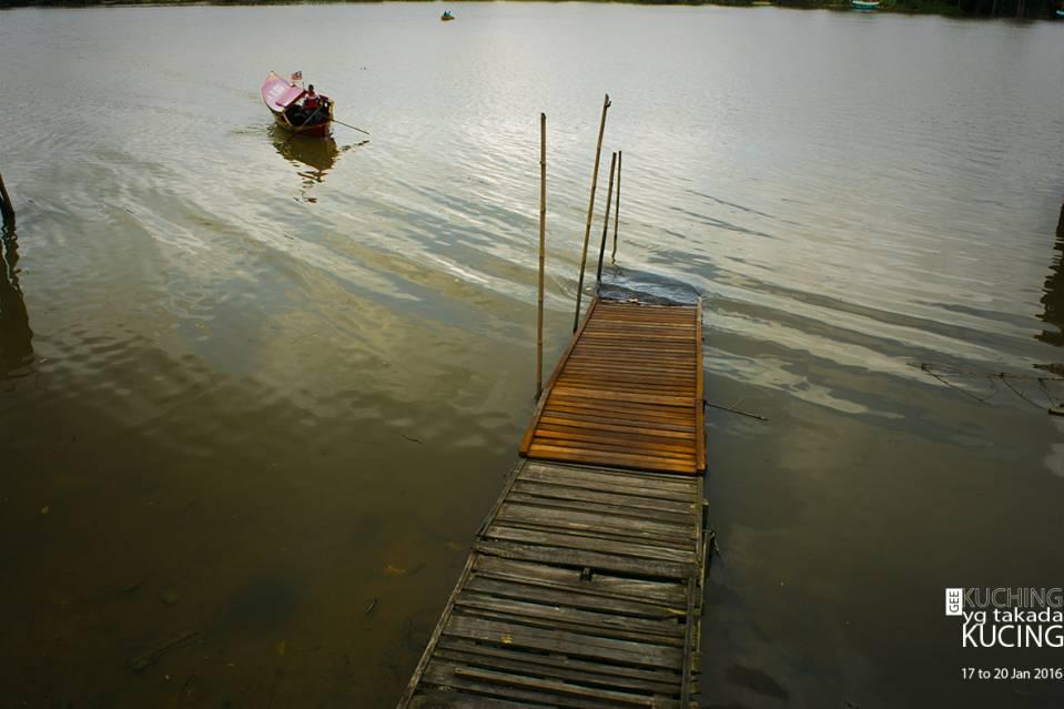 坐小船的码头。