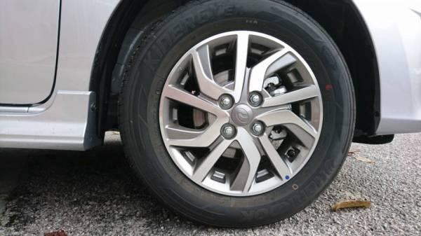 tyre0.jpg