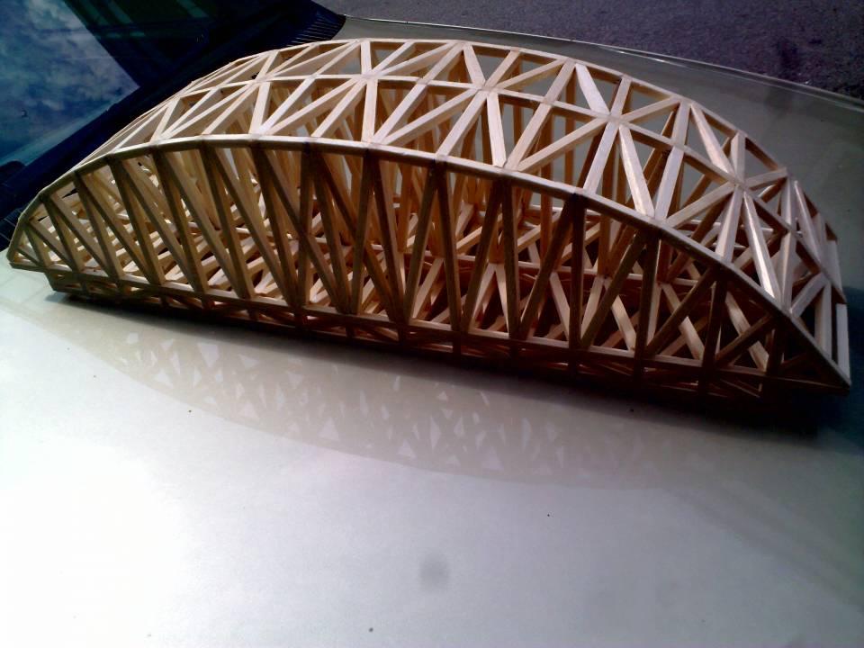 Structure课学习桥的结构,用balsa wood设计一座桥