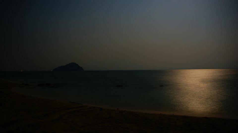 夜里的海域,繁忙的夜晚