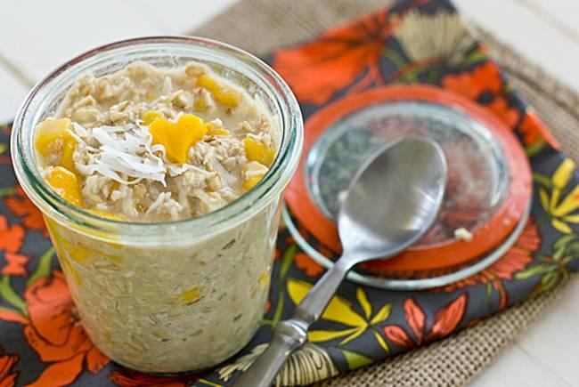 2.Coconut Mango Overnight Oatmeal(椰子芒果燕麥粥)