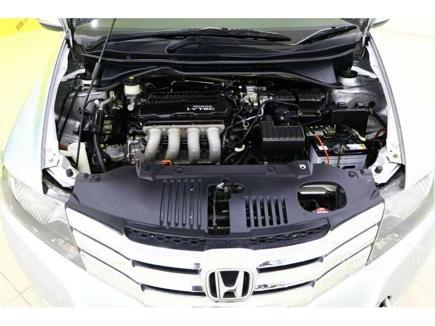 gallery_used-car-one2car-honda-city-sv-sedan-thailand_6949293_CPwIjwRPBdpVVDHmYQxoYX.jpg
