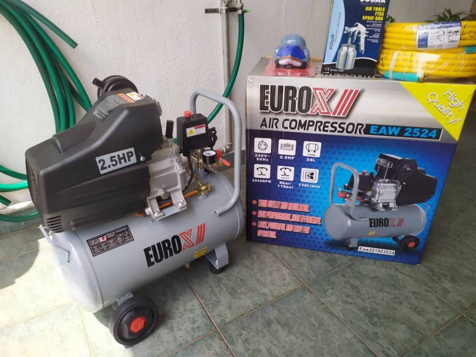 买了2.5HP air compressor(两百多块)。