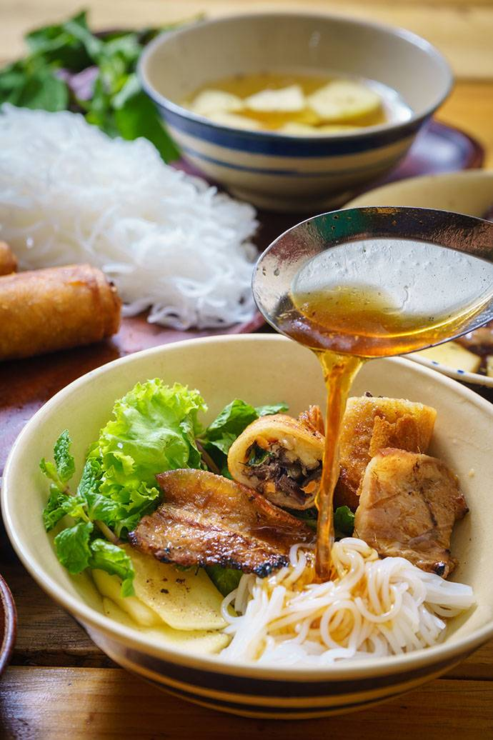 bun-cha-noodle-dish-vietnamese.jpg