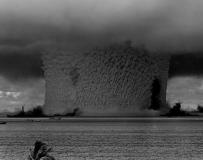 水下核武器的蘑菇云