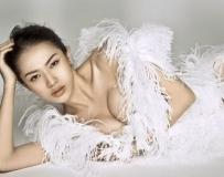 林峰前大陆女友小舒淇!爆乳嫩模潘霜霜