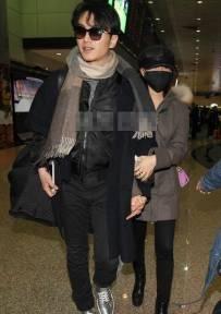 陈妍希陈晓台湾首合体 牵手回家见父母