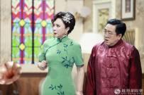 56岁蔡明与老搭档句号重聚 却让傲人身材抢了镜