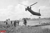 回顧越戰經典照片:陷入地獄的美國大兵