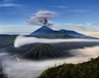19张壮观的火山喷发照片