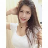 大家好!我是来自台湾的刘庭羽,请follow我的instagram吧