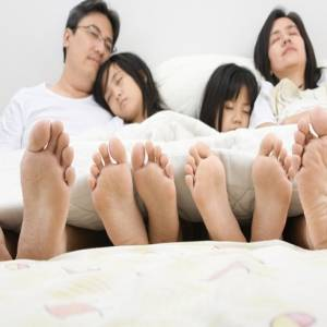 您的年龄睡多少小时才合适?不是每个人都需要睡8个小时的!