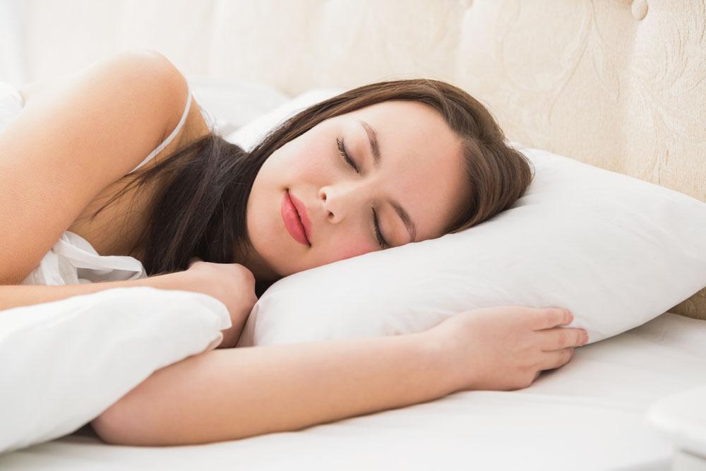 """睡不着?!长期失眠?哈佛研究""""4-7-8呼吸睡眠法"""",助您迅速60秒入睡!"""