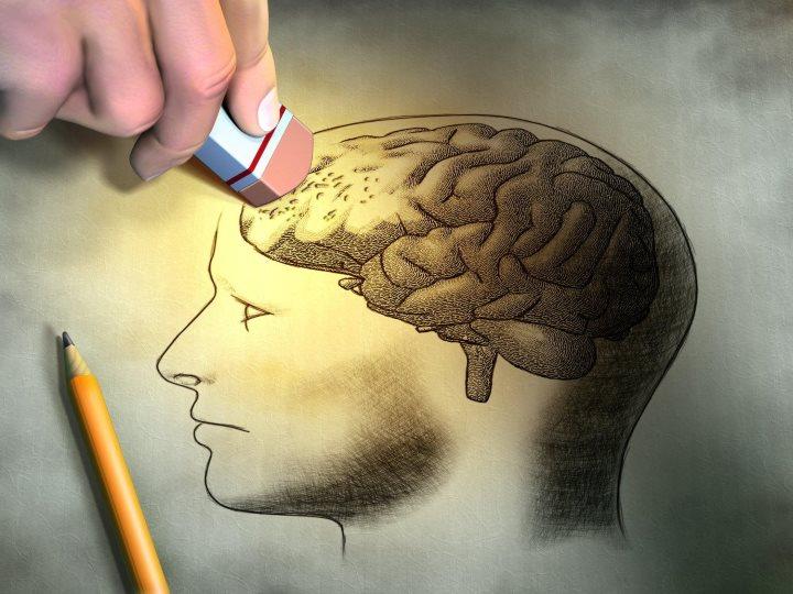 预防失智得早25年 过度使用科技及操劳工作也会影响脑退化