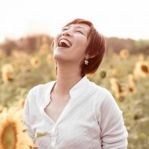 大笑10秒等于划了3分钟船,笑是身体的特效药!