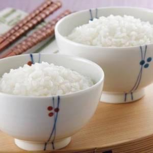 米水比例多少才对?热水烫米煮出好饭