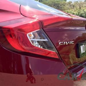 第10代Honda Civic,何只蟹钳尾灯设计这么简单!