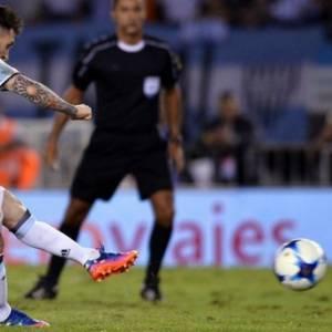 《世界杯预选赛》梅西点杀智利 阿根廷升第3