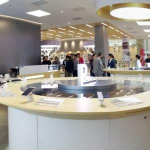 南太平洋第一家!大马首家华为旗舰店正式开张