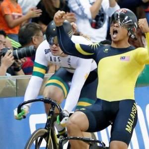 我国脚车名将阿兹祖报喜  夺得人生中第一个世界冠军