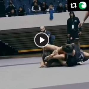 【暴力慎入】巴西柔术选手顽强不认输,结果手被折断