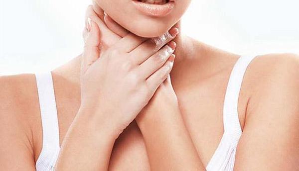 早上刷牙恶心干呕?小心慢性咽炎来袭!