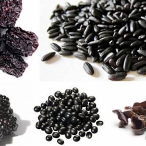 五色食品调和五脏 黑色食物让人越吃越年轻!