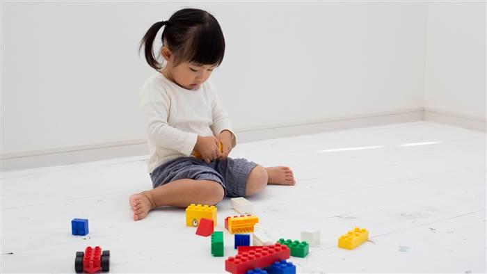 孩子爱W型坐姿?小心影响下肢发展和X型腿!