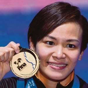 张俊虹好样的!  为大马跳出首个世界跳水金牌!
