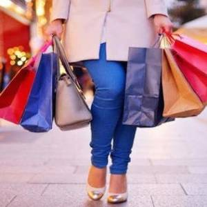 大马女性一辈子花13万令吉买鞋子!购物真的有助减压?