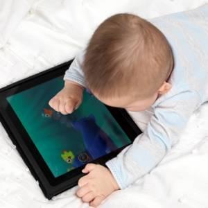 别让孩子玩iPad太久  研究结果令人担忧