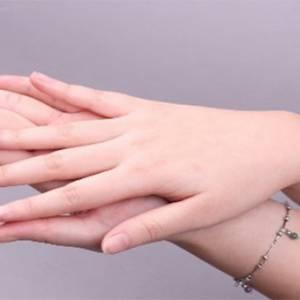 剪指甲的习惯透露了你的脾性