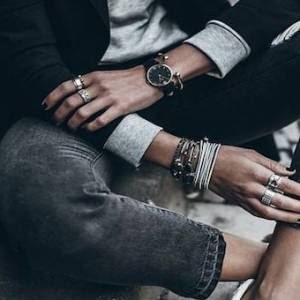 一件黑色紧身裤 看出你的时尚风格